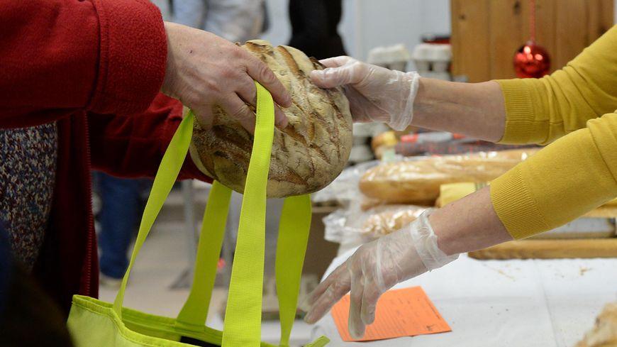 L'association distribue 700 000 repas l'été
