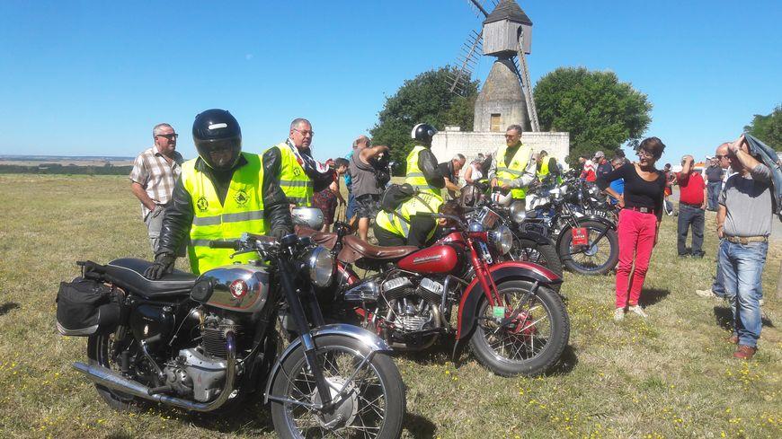 Les participants ont été accueillis à la mi-journée au Moulin du Puy d'Ardanne pour déjeuner.