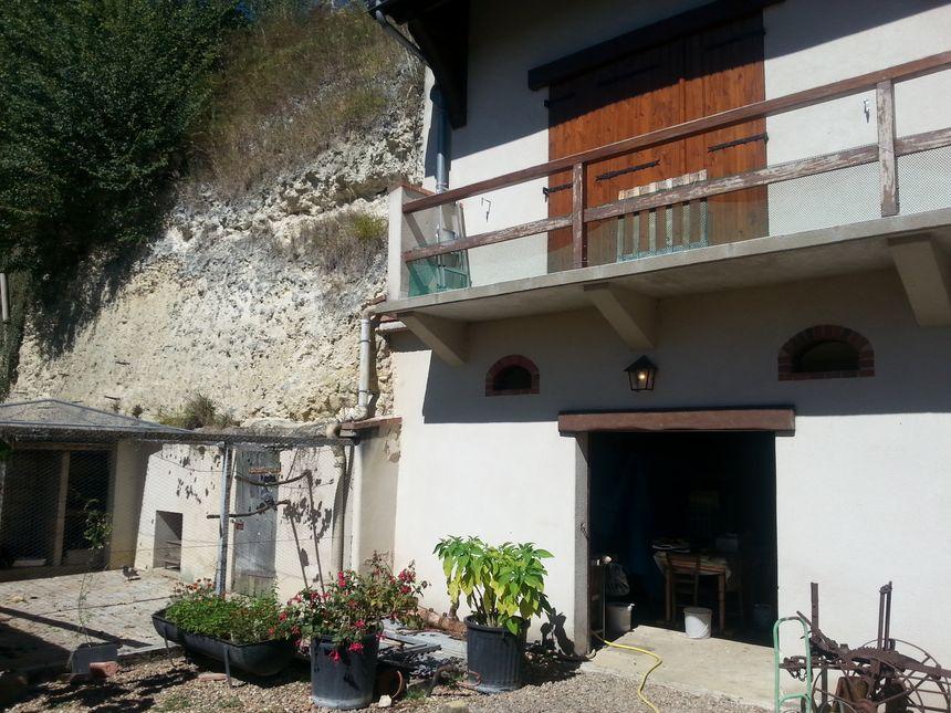 Maison troglodyte à Vouvray-sur-Loir - Radio France