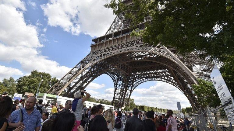 Les touristes ont été nettement moins nombreux en France depuis le début de l'année, en raison des attentats mais pas seulement