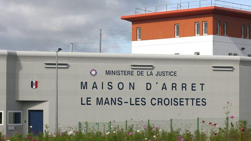 Une prise d'otages en cours à la maison d'arrêt du Mans