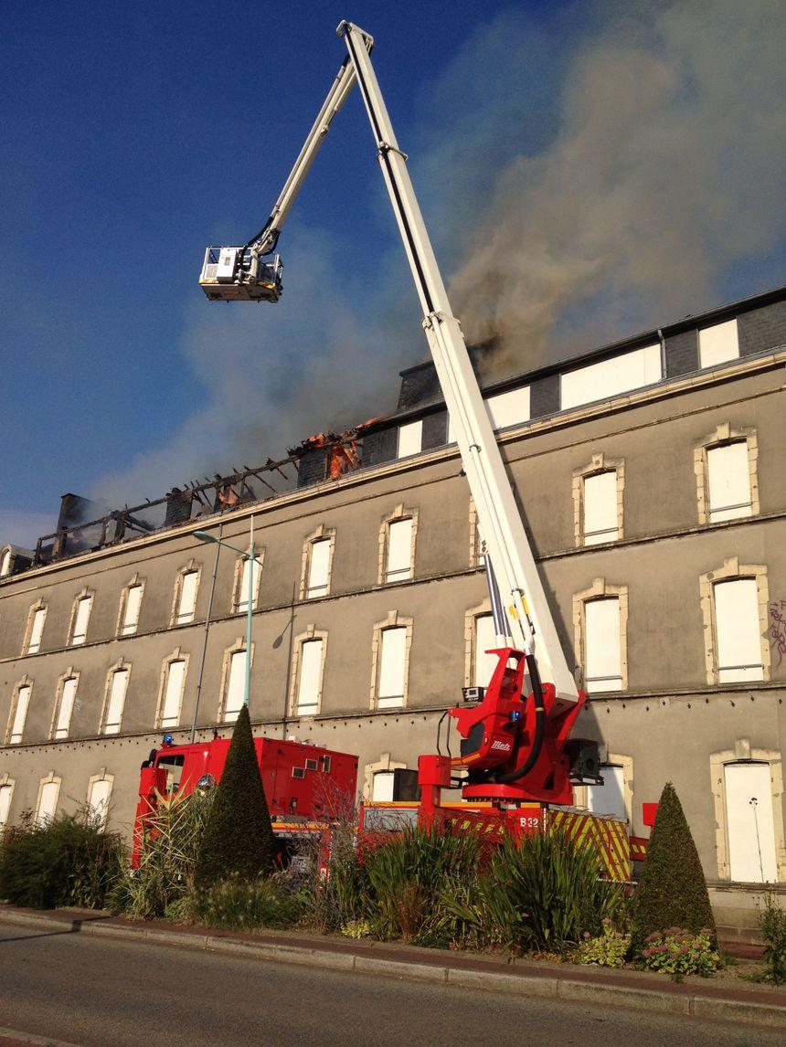 Une trentaine de pompiers ont été mobilisés sur place.  - Radio France