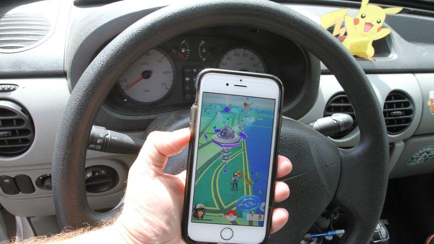 Pas de Pokemon Go au volant
