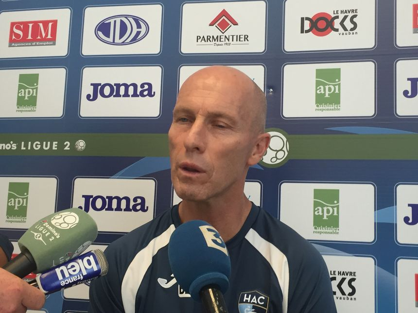Bob Bradley refuse de s'attarder sur les tensions en interne - Radio France