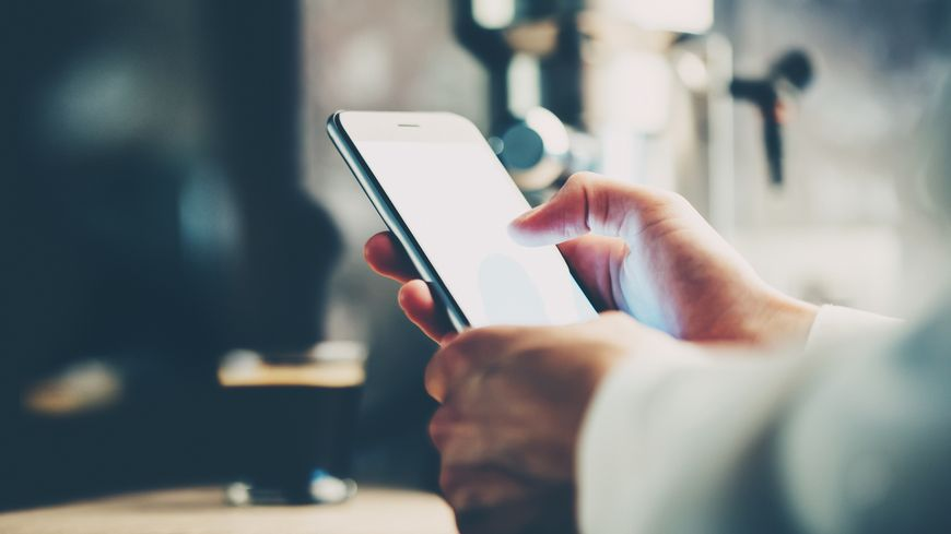 Les sociétés provoqué des appels en absence pour obliger les utilisateurs à rappeler, sans qu'ils soient informés du tarif pratiqué par le numéro surtaxé