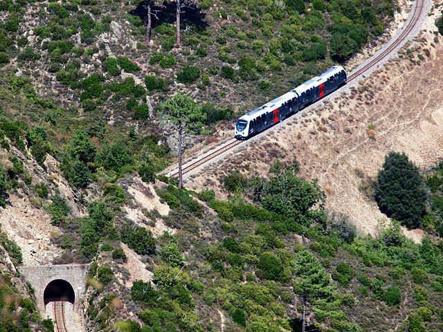 L'AMG 800 des Chemins de Fer de la Corse - Radio France
