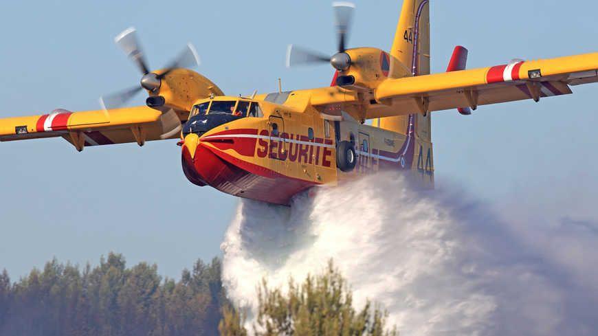 Les pompiers de Gironde qualifient la situation de peu favorable.
