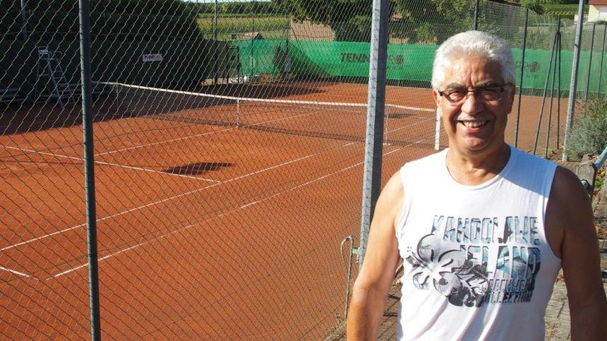 Osthoffen, SEMINATORE Carmelo Président du Tennis Club - Radio France