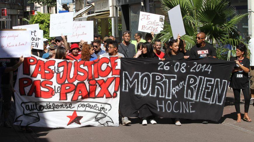 Manifestation en mémoire d'Hocine Bouras à Colmar en 2015.