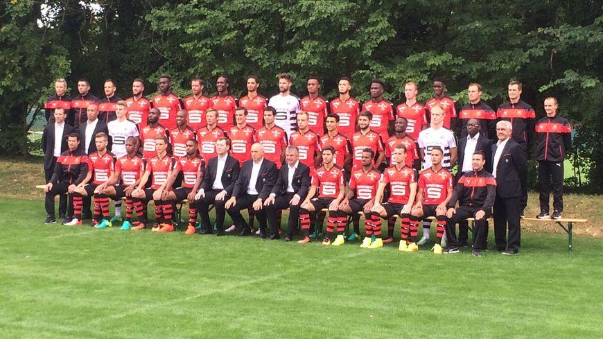 Les Rouge et Noir au complet pour la photo officielle