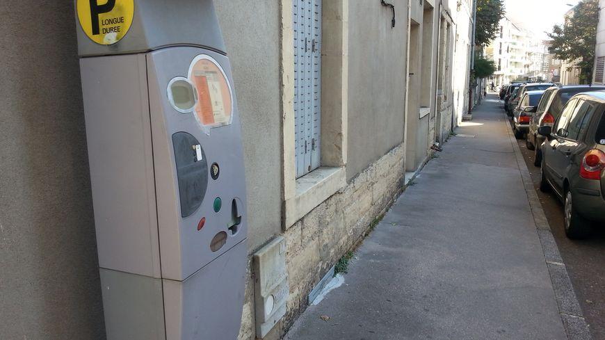 """L'affaire des """"horodateurs"""" à l'ordre du jour du conseil municipal à Dijon ce lundi soir"""