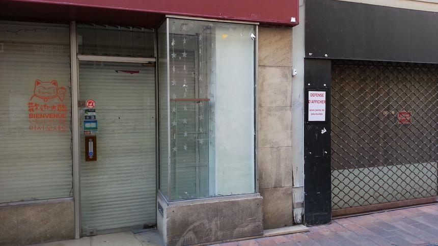 Vitrines de commerces vacants à Avignon - Radio France