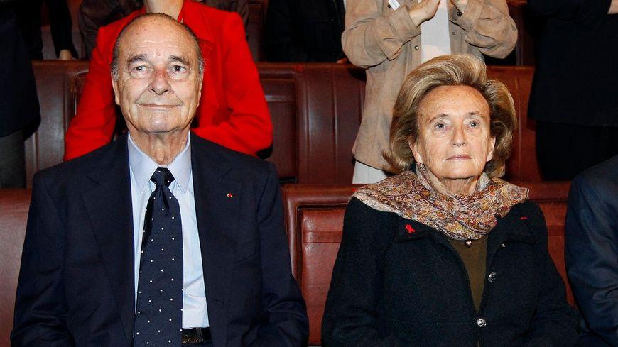 Jacques Chirac et sa femme Bernadette sont tous deux hospitalisés à Paris