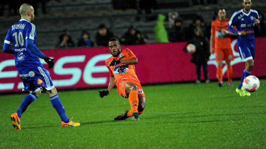 En février dernier, sous la pluie, César Zéoula et les Lavallois s'étaient contentés du match nul à Bourg-en-Bresse (0-0).
