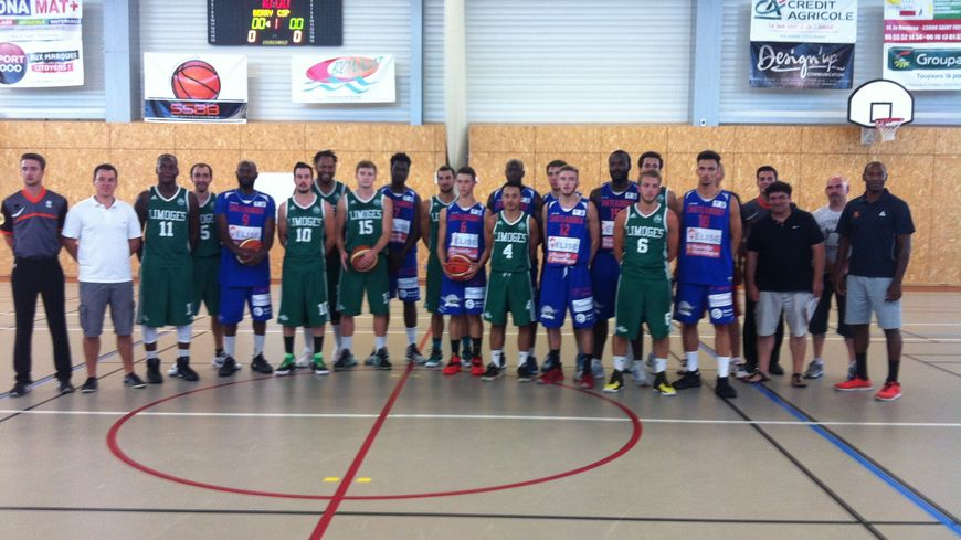 Le 1er match du Tournoi opposait le Limoges CSP à La Berrichonne Basket