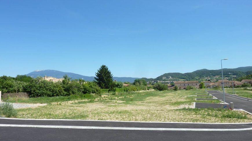 Deux parcelles sont destinées à des propriétaires de moins de 35 ans sur ce lotissement de Vaison La Romaine