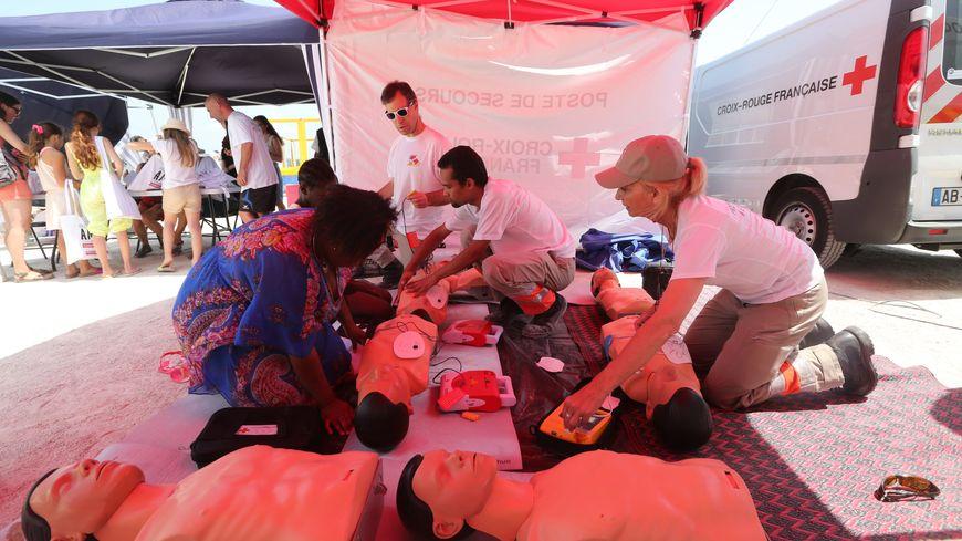 Initiation aux gestes qui sauvent par la Croix Rouge