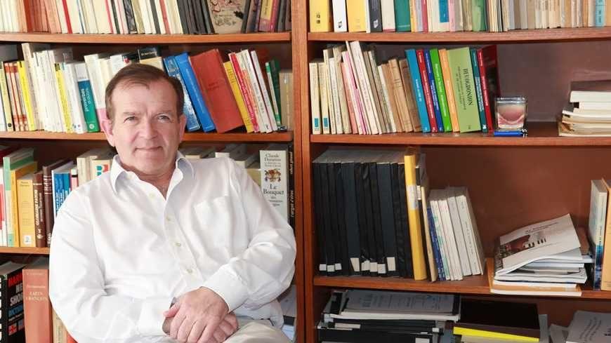 Editeur, auteur, journaliste et militant, Martial Ménard laisse derrière lui une riche bibliographie.