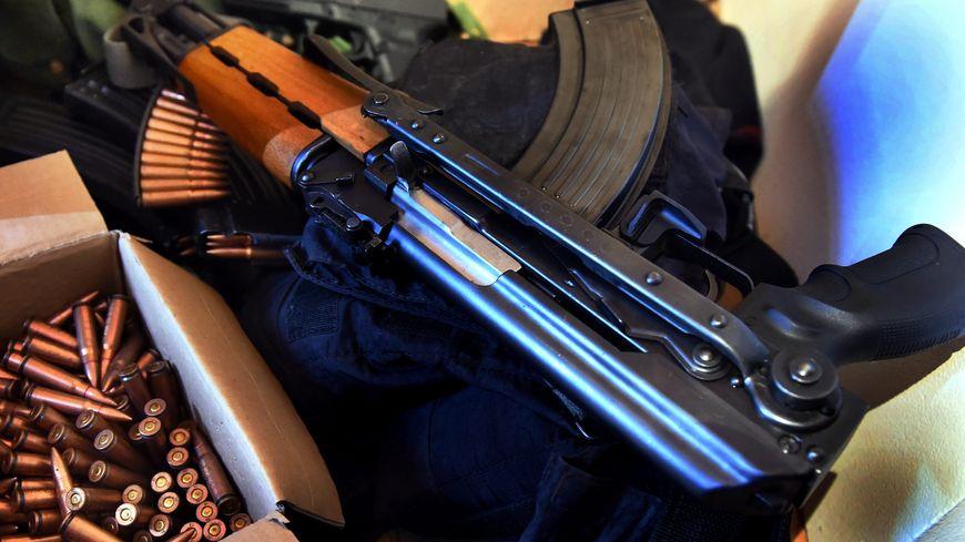 Fusil d'assaut AK 47, kalachnikov