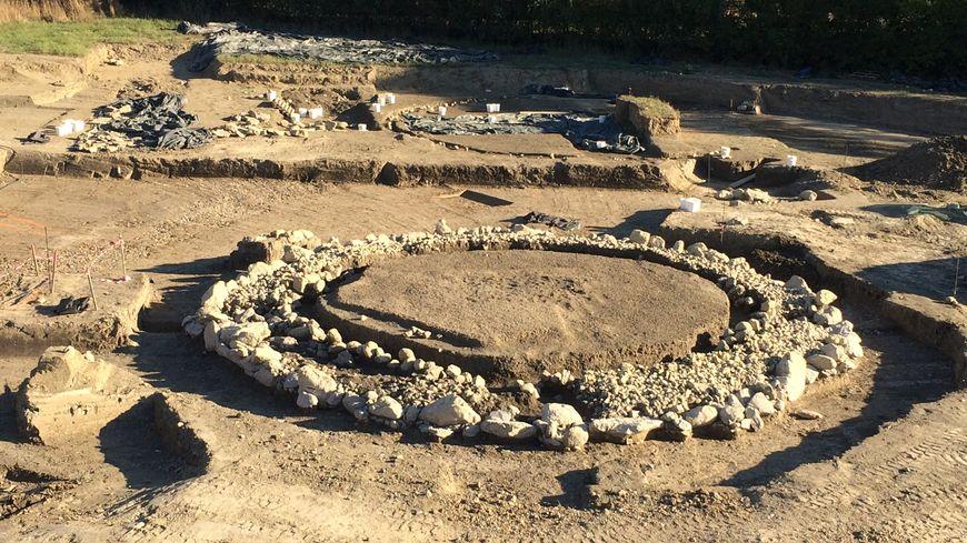 Le tumulus mis au jour par les archéologues à Die
