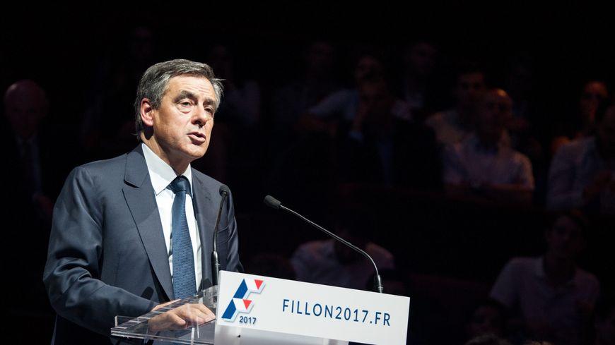 François Fillon candidat de la primaire à droite