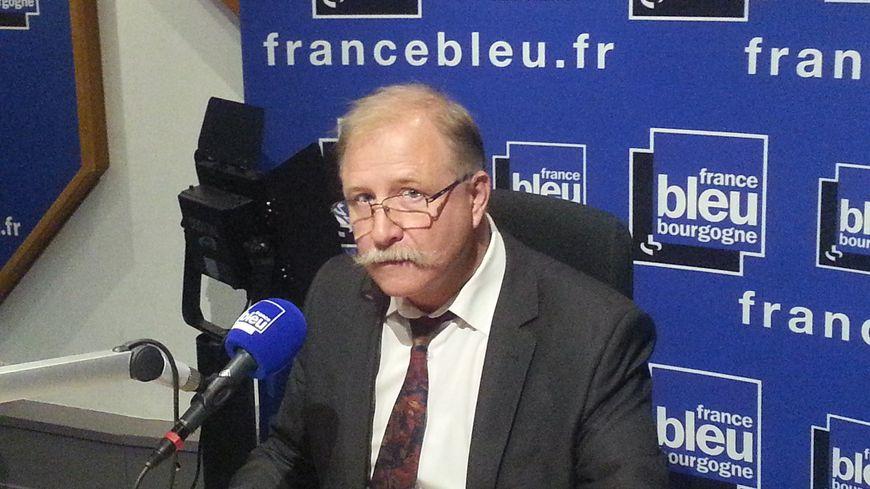 Lionel Jeanneret  inspecteur académique en charge des établissements et de la vie scolaire au Rectorat de Dijon