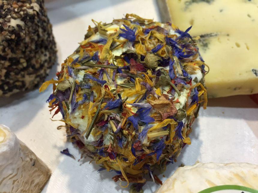 fromage de chèvre aux fleurs - Radio France