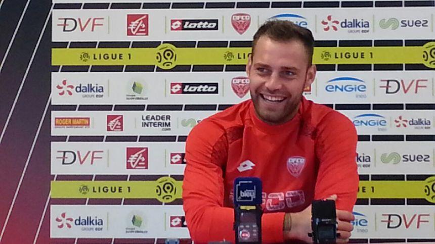 Baptiste Reynet le gardien du DFCO prêt pour affronter le PSG ! - Radio France