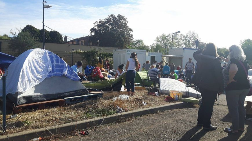 Le camp de migrants déplacé avenue de Blida à Metz