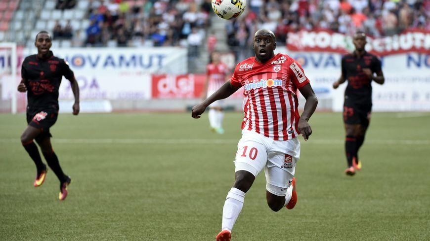 Issiar Dia et ses coéquipiers ne devront pas se manquer contre Lille