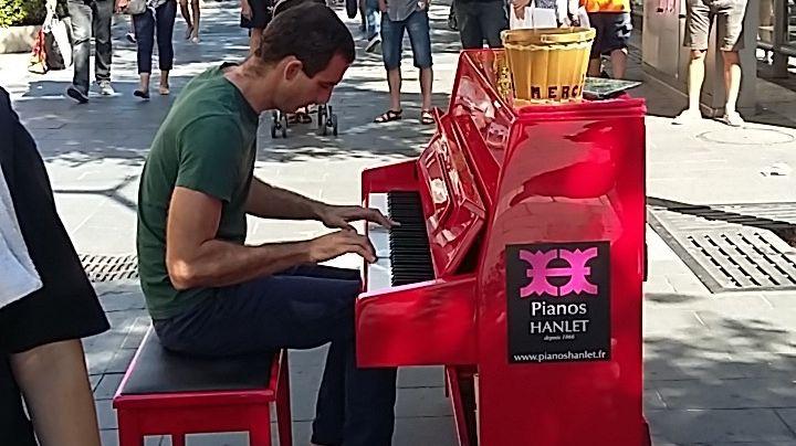 Steve Villa-Massone pianiste niçois