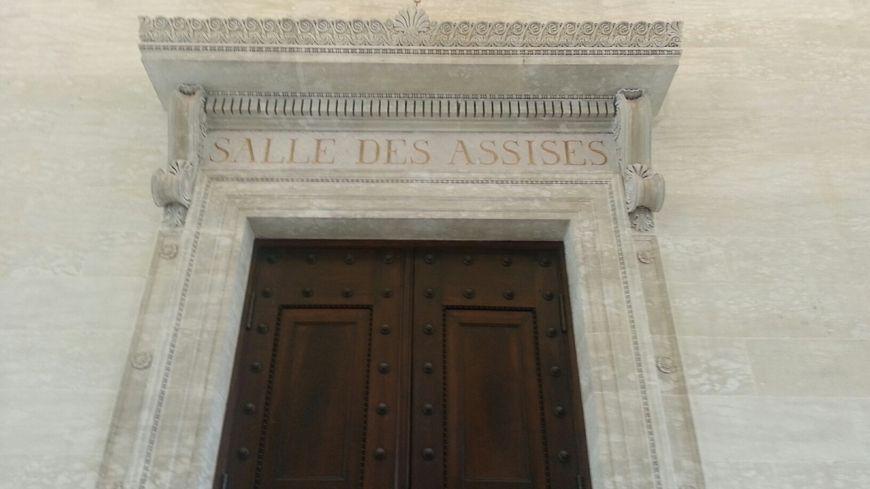 La salle des assises du tribunal de Périgueux