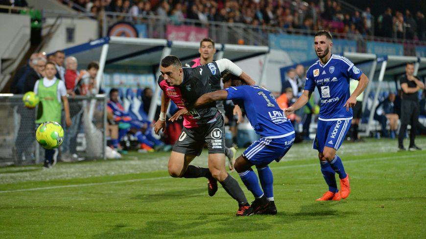 Malgré l'ouverture du score de Duhamel, Le HAC s'incline de nouveau en championnat face à Bourg en Bresse