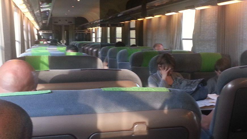 Les passagers du Caen-Rouen ont dû s'armer de patience ce matin