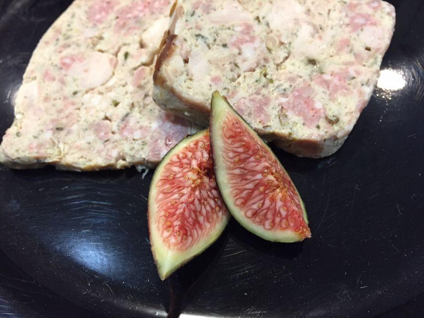Terrine de faisan et condiment figue et baies de timut - Radio France