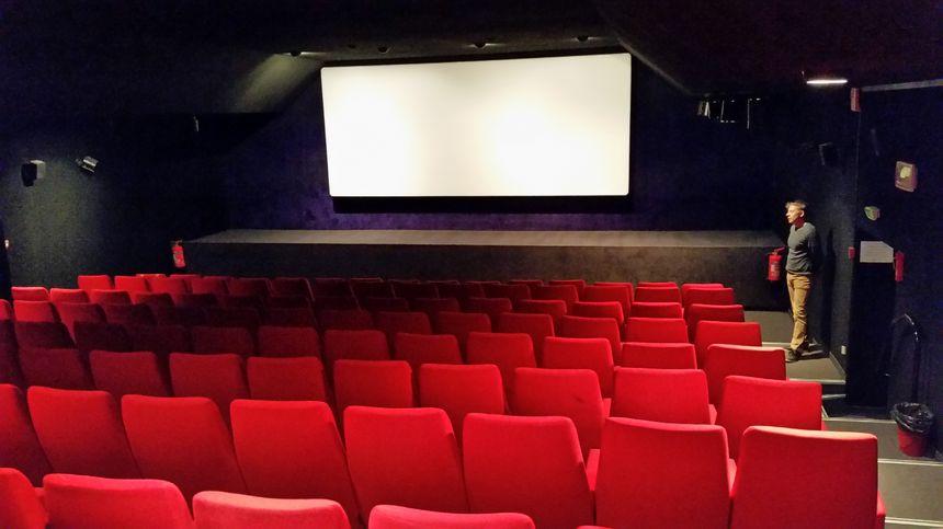 La petite salle du cinéma l'Oron, à Beaurepaire - Radio France