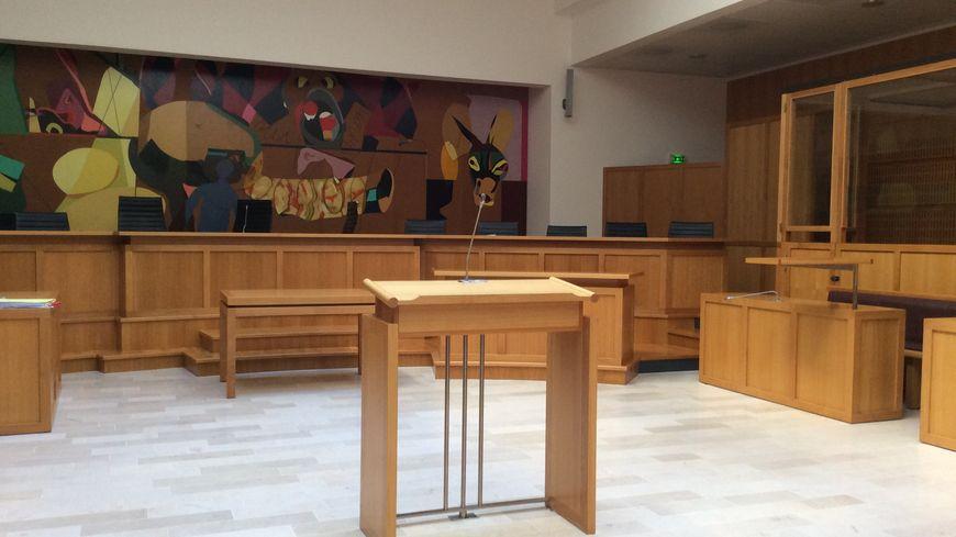 Le tribunal correctionnel de Laval