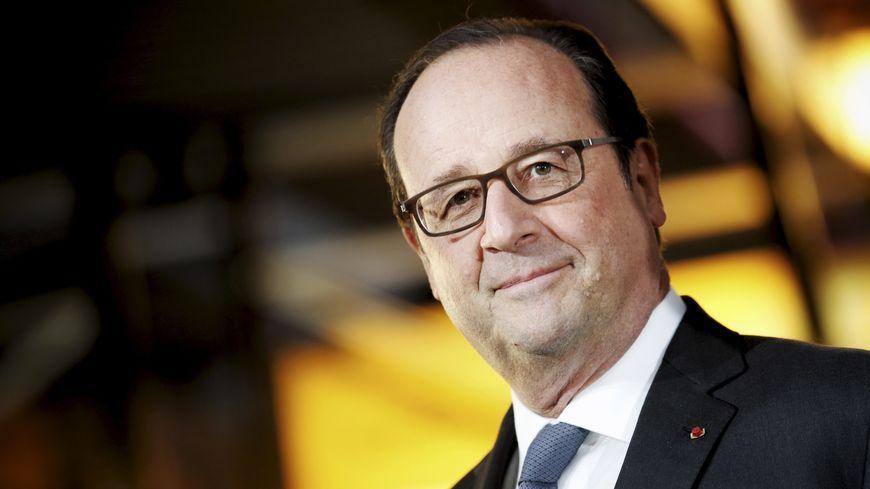 """Pour François Hollande, l'aéroport de Notre-Dame-des-Lande """"ne verra pas le jour"""""""