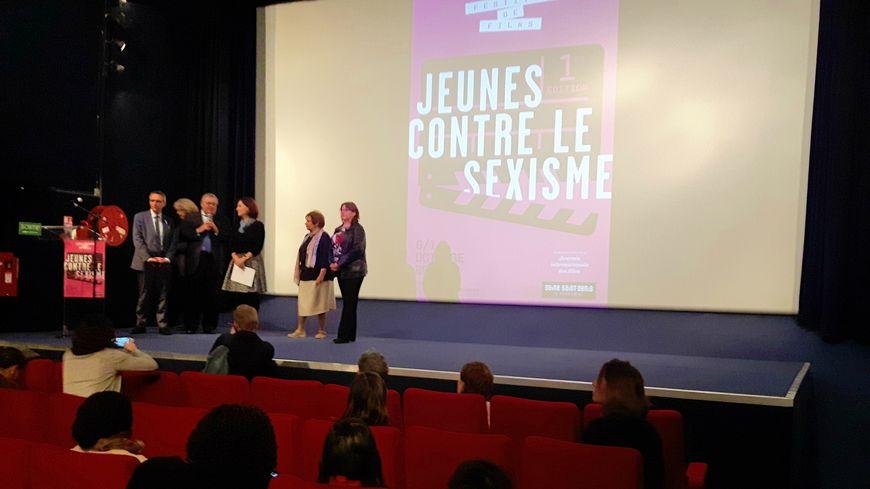 Au Magic cinéma de Bobigny, lors de la projection des clips réalisés par des collégiens de Seine-Saint-Denis.