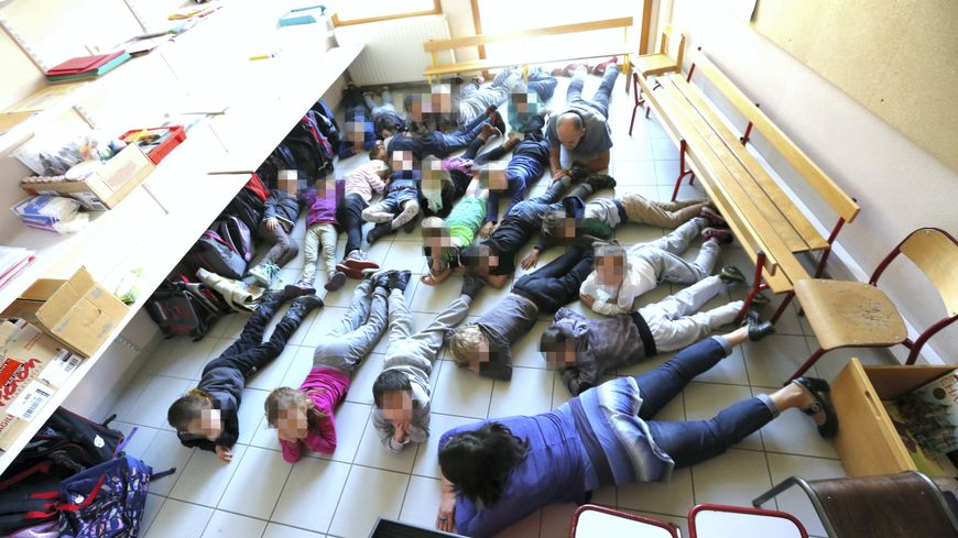 Les mesures de sécurité-attentat ont été testées dans les établissements scolaires de Châteauponsac