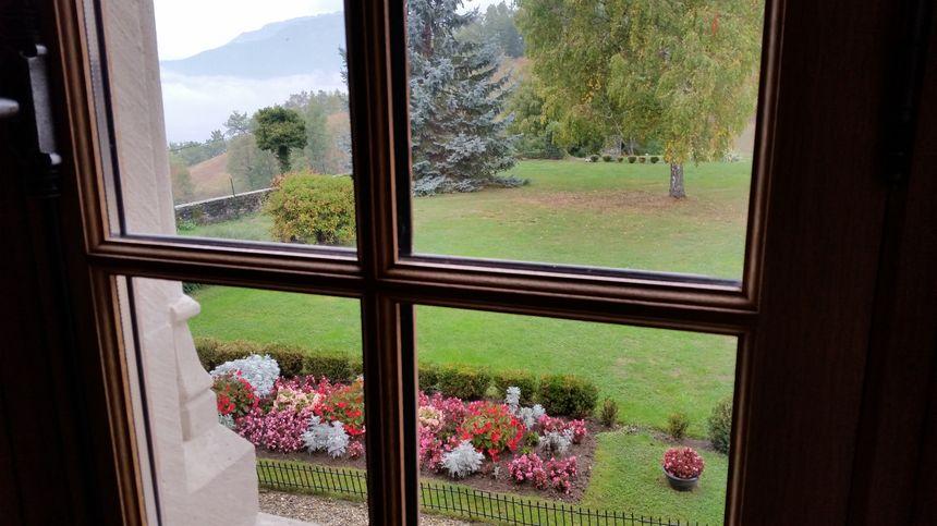 Les jardins du château vue depuis les salles rénovées par Joëlle Cartaux - Radio France