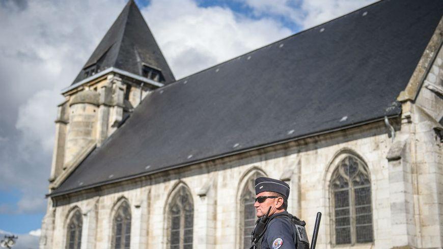 La cérémonie va se dérouler sous haute surveillance à l'église de Saint-Étienne-du-Rouvray