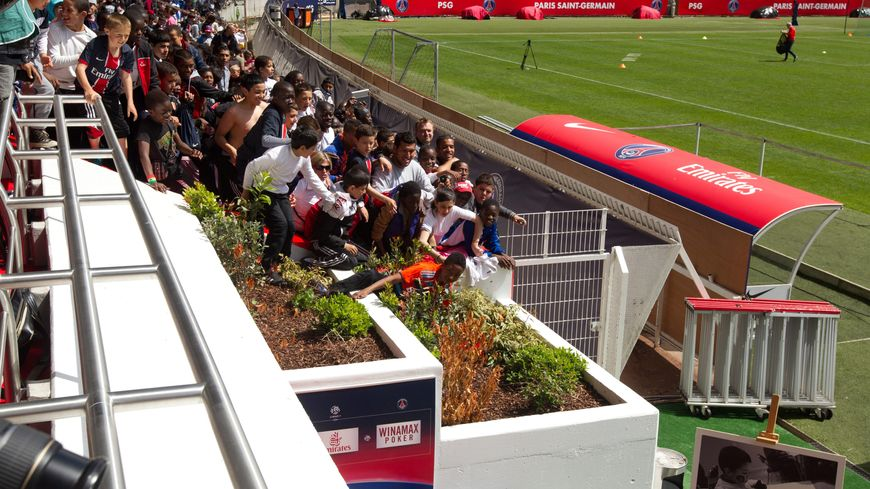PARIS LE 16/05/2012 - ; LE PSG S'EST ENTRAINE AU PARC DES PRINCES DEVANT 3000 ENFANTS DE LA FONDATION DU PSG
