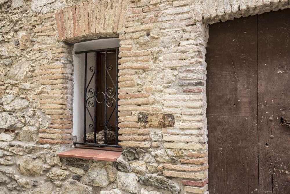 Inèrcia tèrmica de les parets de pedra