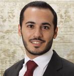 الدكتور عبدالرحمن من الأطباء المتميزين في تخصصه، يستمع للمريض بشكل جيد ويعالجه بكفاءة مميزة