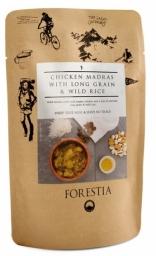 Forestia Madrás de pollo con curry suave acompañado de arroz salvaje