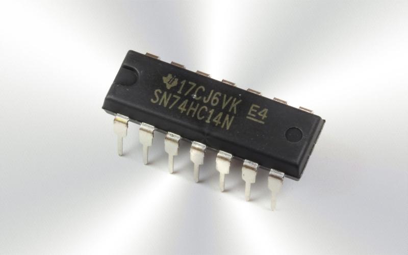 74HC14N -Circuito integrado, HEX INV, SCHMITT, 14DIP 5.2mA 2V a 6V 125º -7096-0015-