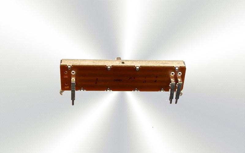 Potenciómetro deslizante lateral 812F 10KBX2 -100-025-