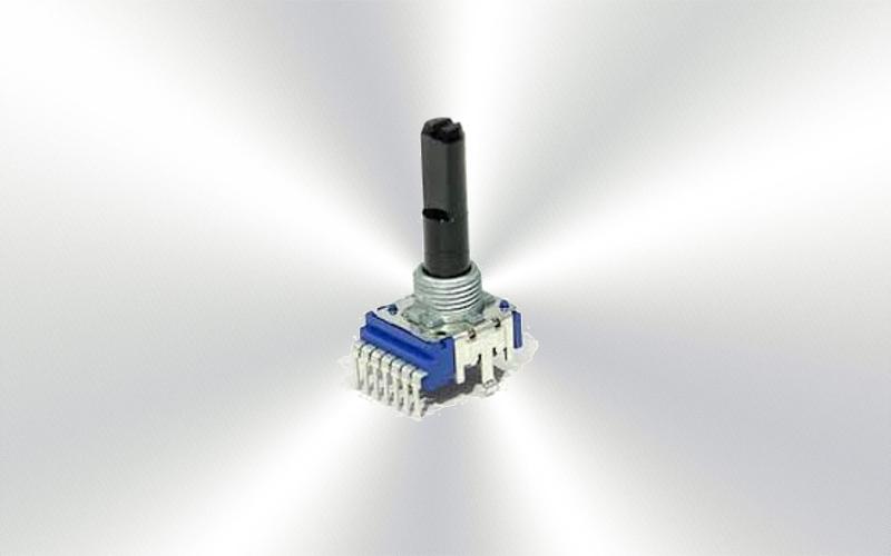 DCS1035 (79) - Potenciómetro Pioneer master balance y EQ mesa - 6000-0025-
