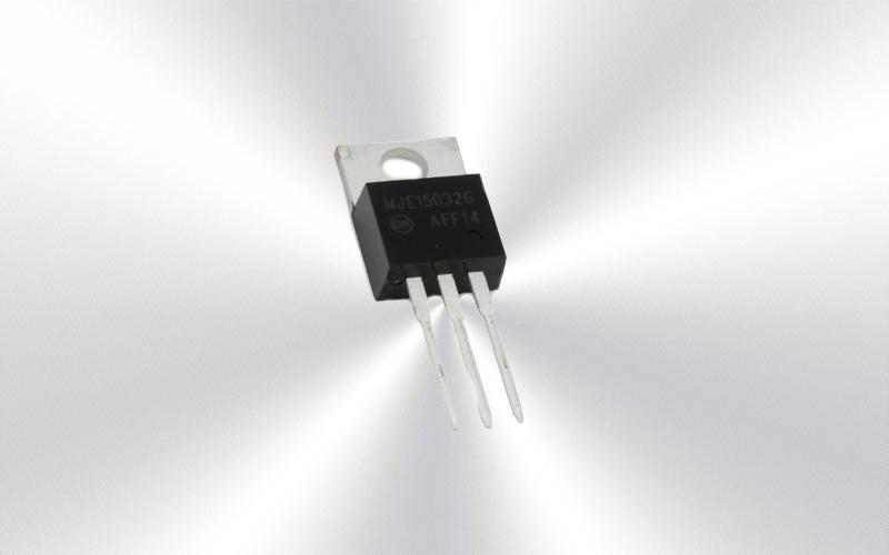 MJE15033 -Transistor PNP 50W 250V 8A 30MHz TO220 -7015-0015-
